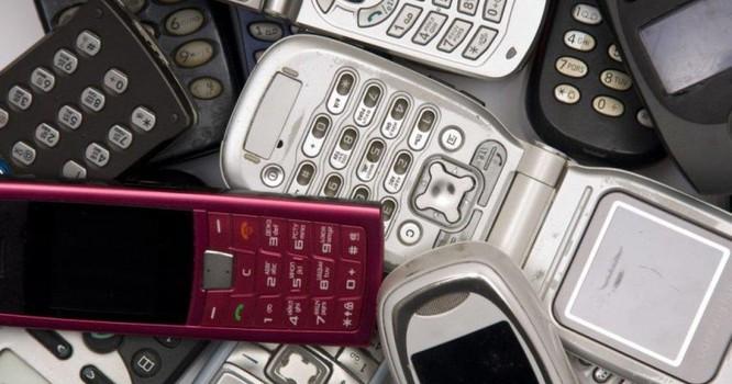 các điện thoại dùng sóng 2G